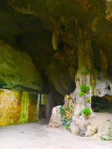 Saída da caverna, do outro lado do morro.